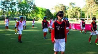 Blindenfußball: Die neue Sporterfahrung in Berlin