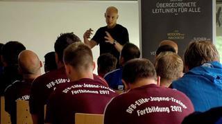 DFB-Elite Jugendtrainer-Workshop