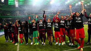 Erstes Halbfinalspiel: Mönchengladbach gegen Frankfurt
