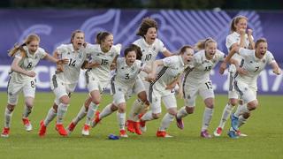 U 17-Juniorinnen nach Elfmeterschießen im EM-Finale