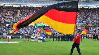 Impressionen: Der Fan Club beim San-Marino-Spiel