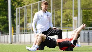 Verletzungsprophylaxe beim 1. FC Köln: Rollen – Dehnen – Bewegen