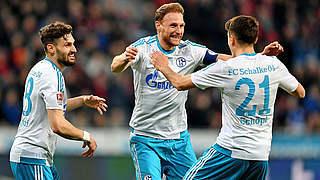 4:1 in Leverkusen: Höwedes trifft für Schalke