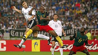 Duelle mit Kamerun: Klose-Weltrekord und Premiere in Rot