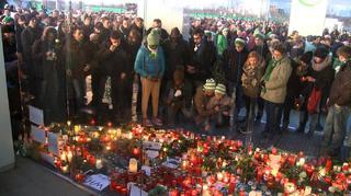 Trauermarsch: Wolfsburg gedenkt Junior Malanda