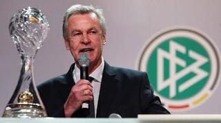 Trainerpreis: Ottmar Hitzfeld und Markus Kauczinski geehrt