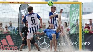 Tag 1 der Beachsoccer-Meisterschaft in Warnemünde
