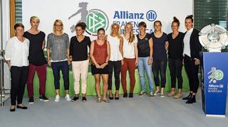 Kick-off der Allianz Frauen-Bundesliga