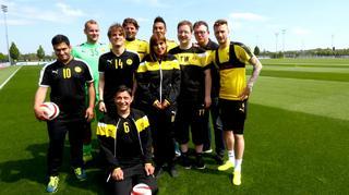 BVB-Blindenfußballer treffen BVB-Stars