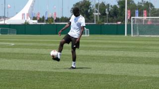 Antonio Rüdiger und der Ball
