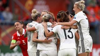 DFB-Frauen buchen Viertelfinalticket
