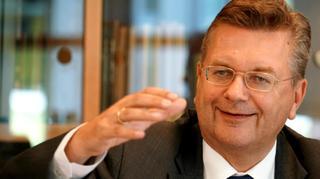 DFB-Präsident Grindel spricht sich für Aussetzung der Kollektivstrafen aus