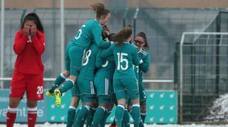 U 17-Juniorinnen: Auftaktsieg gegen Aserbaidschan