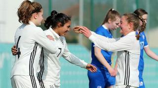 U 17-Juniorinnen besiegen auch Island