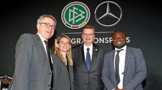 Asamoah und Künzer neue Botschafter Fußball für Entwicklung