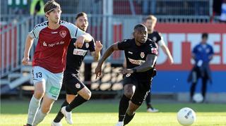 Aufstiegs-Play-offs:  Cottbus legt in Flensburg vor