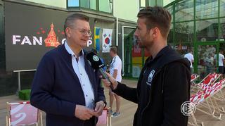 DFB-Delegation besucht Fan-Camp
