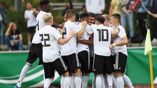 U 19 feiert Sieg gegen die Slowakei