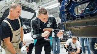 U 21 baut den Golf. Zu Gast im VW-Werk Zwickau!