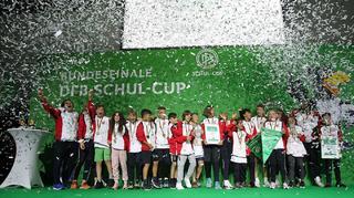 DFB-Schul-Cup: Frankfurt holt beide Titel