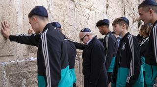 U 18 besucht gemeinsam mit Fritz Keller Jerusalem und Yad Vashem