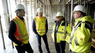Baustellen-Besichtigung von Keller, Bierhoff und Rorsted