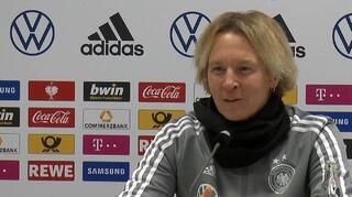 Highlights der PK mit Martina Voss-Tecklenburg und Linda Dallmann