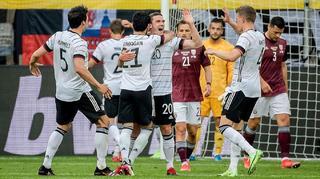 Mit sieben Toren gegen Lettland zur EURO