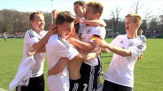 U 16-Junioren: Highlights Länderspiel gegen Tschechien