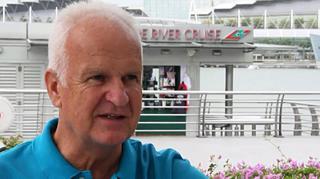 Bernd Stange: Das Trainerleben in Singapur