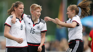 U 16-Juniorinnen siegen gegen Österreich