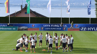Weltmeister absolviert öffentliches Training in Évian
