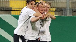 1:0 gegen die Schweiz: Reese erzielt das Tor des Tages