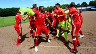 B-Junioren-Halbfinale: Schalke gegen Bayern