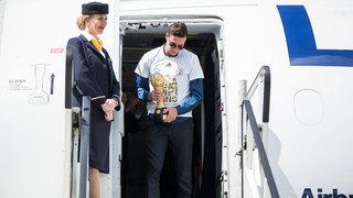 Nach Sieg beim Confed Cup: Ankunft des A-Teams in Frankfurt