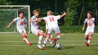 Kölns D-Junioren verteidigen offensiv