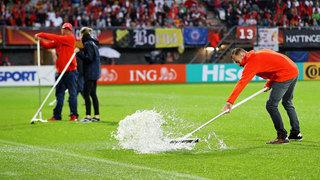 Regen in Rotterdam: EM-Viertelfinale verschoben