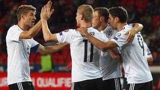 Hummels köpft Weltmeister in Prag zum Sieg