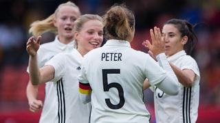 DFB-Frauen mit Kantersieg gegen Färöer