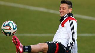Trailer: Özils beste Tricks und Tore