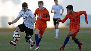 U 16 unterliegt Oranje nach Strafstößen
