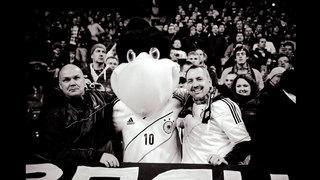 Zehn Jahre Fan Club – Horst Hamann fotografiert Fans