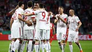 FC Bayern nach Toregala in Leverkusen im DFB-Pokalfinale