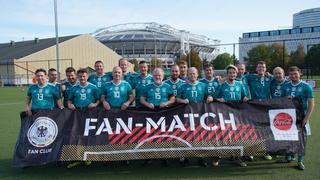 Fan-Match gegen die Niederlande