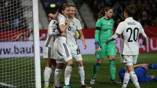 Sieben Tore: Deutschland gewinnt gegen Italien