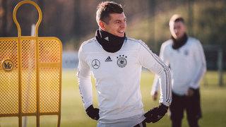 Toni Kroos in Leipzig angekommen