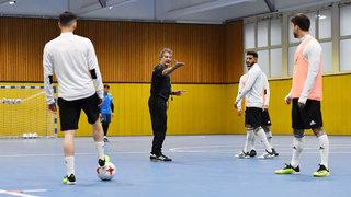 Futsal: Spielaufbau im 1-4-0 im Video