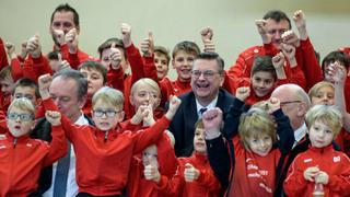 DFB-Präsident Grindel besucht FC Schöffengrund