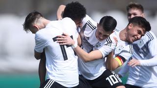 U 17: 3:3 gegen Island