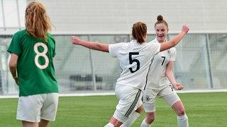 U 17-Juniorinnen jubeln gegen Irland